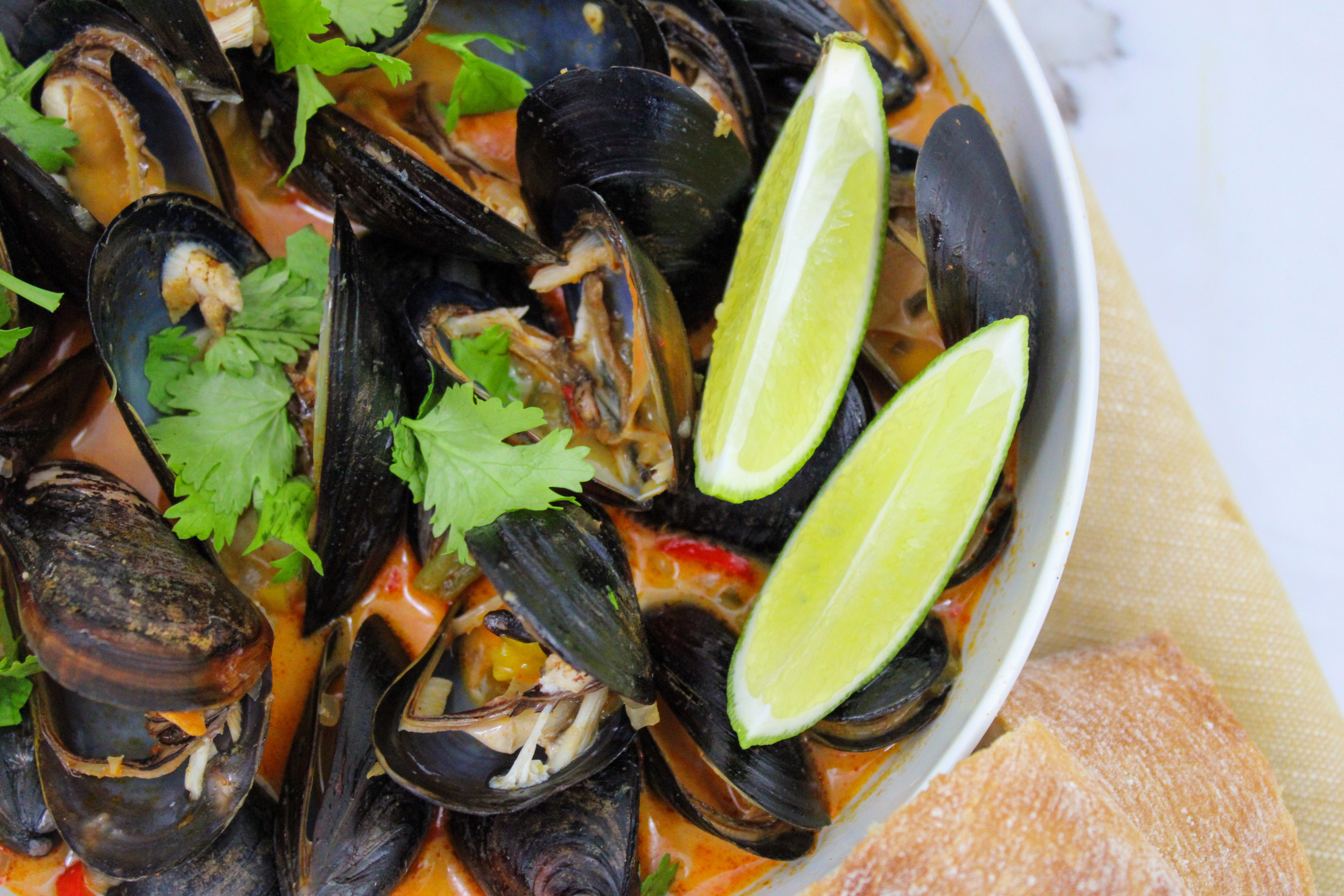 Mussels In Lemongrass Coconut Curry