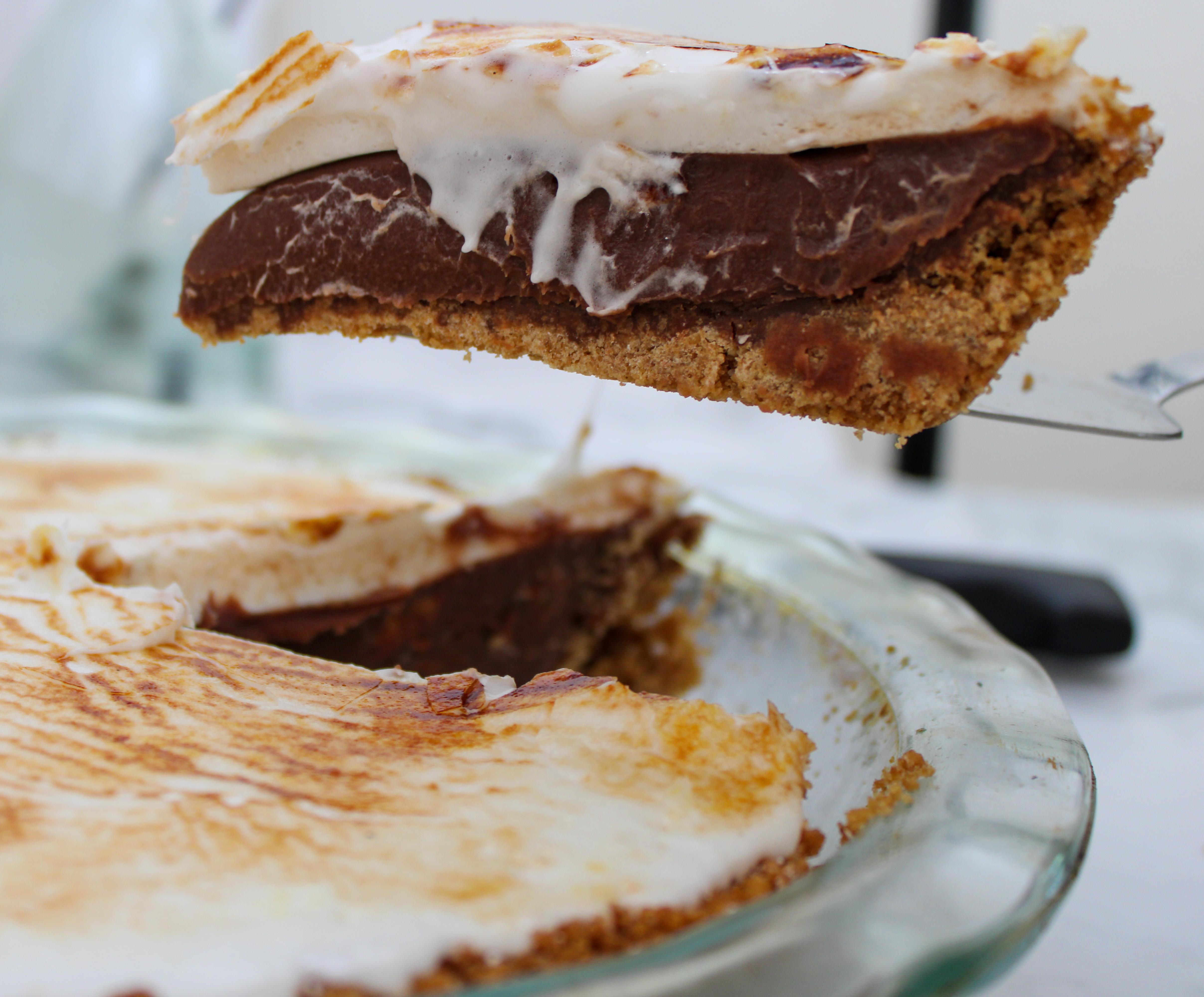 Peanut Butter S'mores Pie
